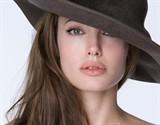 Angelina Jolie 10814006