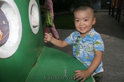宝宝生活照2010-11-14