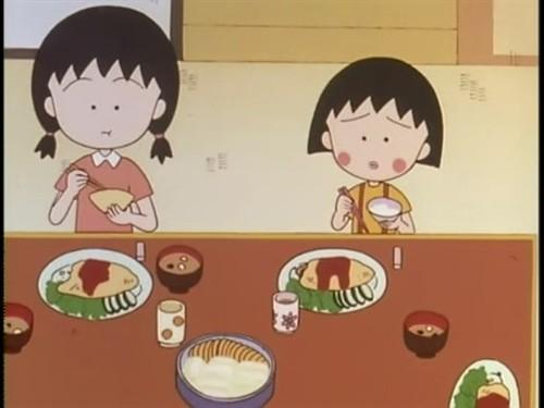樱桃小丸子中温馨的吃饭场景