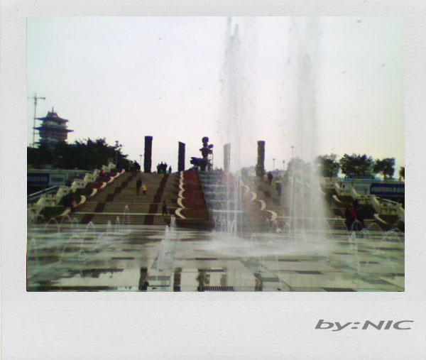 绵阳的铁牛广场图片