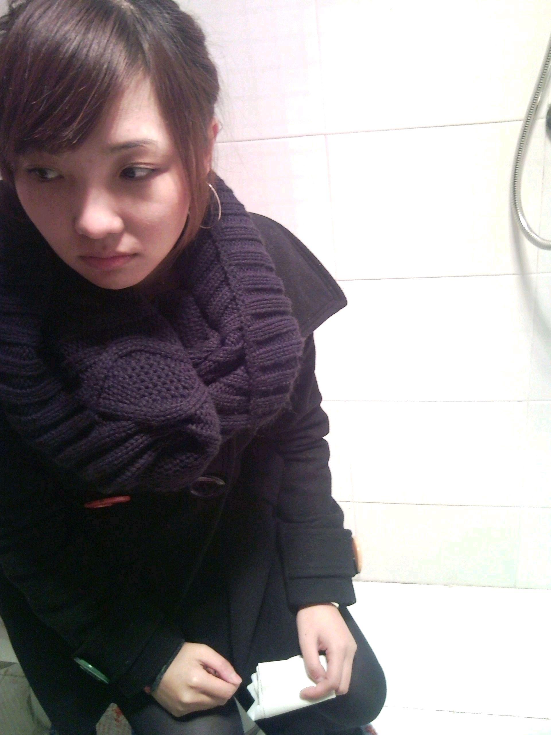 美女上厕所小便全过程_偷拍公厕美女 - www.qiqiapk.com