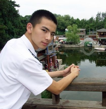大连舰艇学院混血小帅哥 - wd123bk - 兵哥哥
