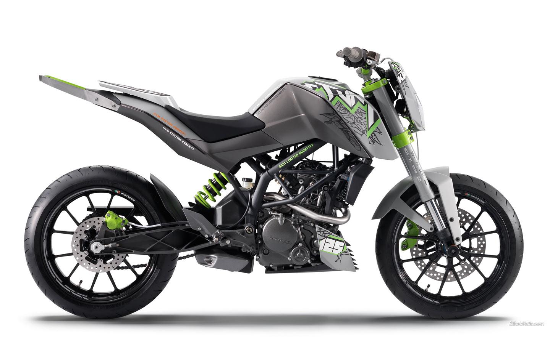 125 stunt concept;