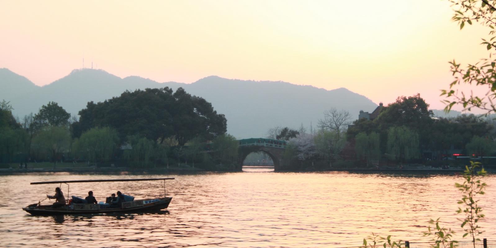 西湖美景三月天 1图片