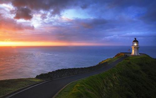 新西兰北岛的雷因格海角灯塔