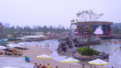 抚顺巴厘岛水世界2011-10-14