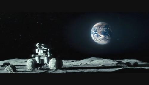 从月球看地球